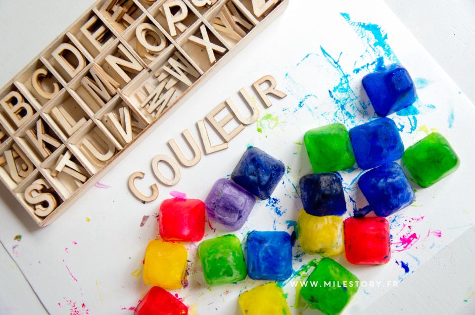 étudier les mélanges de couleurs avec des glaçons colorés