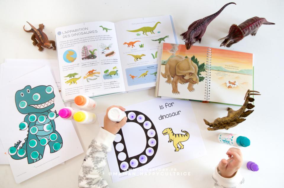 Livres et activités dinosaures en maternelle