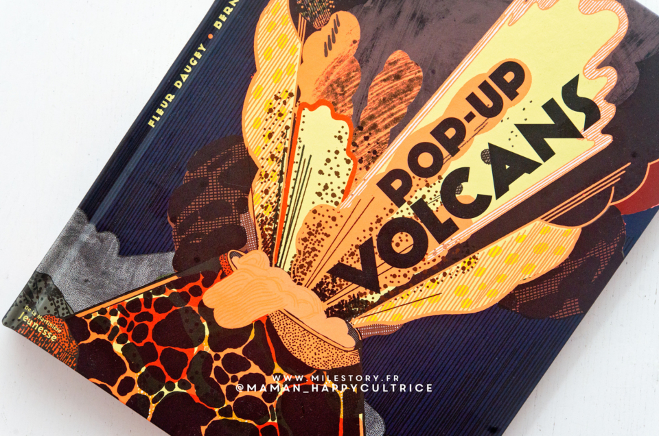 Livre pop-up Volcans